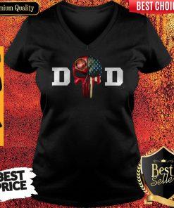 Top United States Marine Corps Dad V-neck