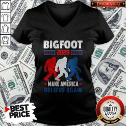 Hot Bigfoot 2020 Make America Believe Again V-neck