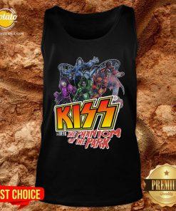 Good Kiss Meets The Phantom Of The Park Tank Top - Design By Potatotees.com