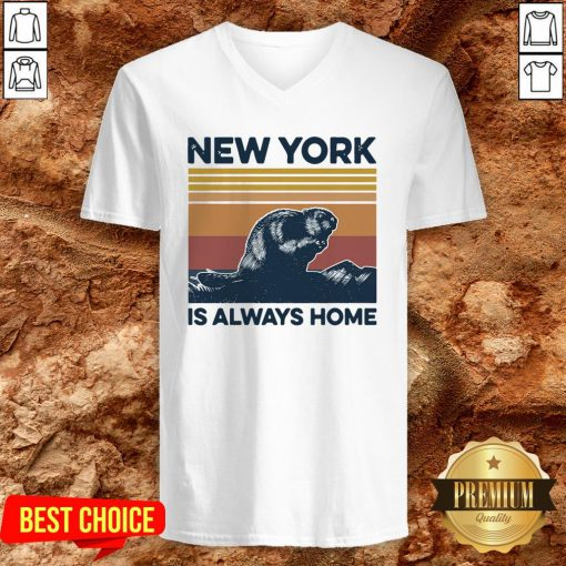 Raccoon New York Is Always Home Vintage Retro V-neckRaccoon New York Is Always Home Vintage Retro V-neck