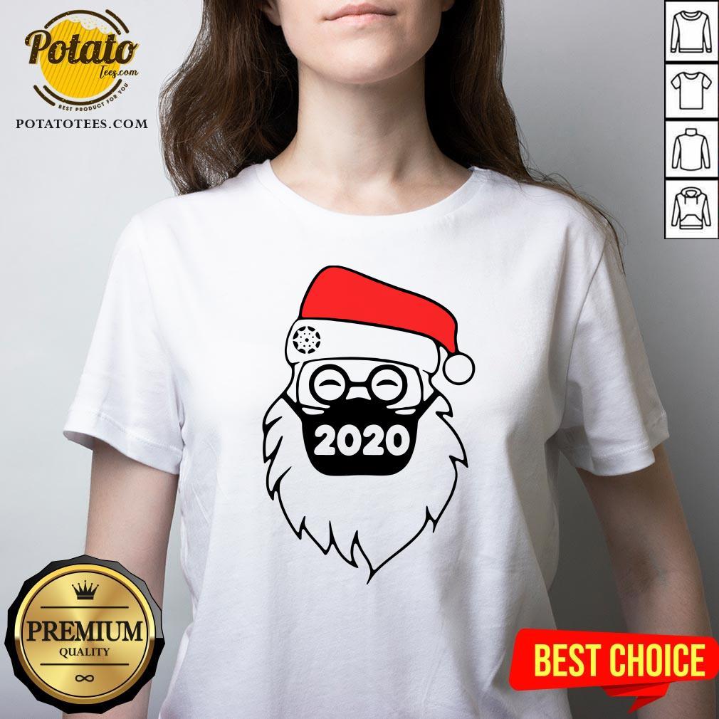 Cute Santa Wearing Mask 2020 Christmas V-neck - Design By Potatotees.com