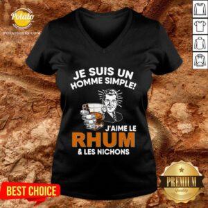 Premium Je Suis Un Homme Simple J'aime Le Rhum & Les Nichons V-neck - Design By Potatotees.com