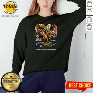80 Years Of Wonder Woman Thank You For The Memories Sweatshirt - Design By Potatotees.com