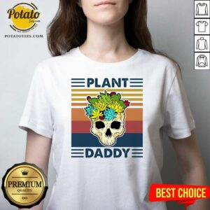 Skull Plant Daddy Vintage Retro V-neck - Design by Potatotees.com