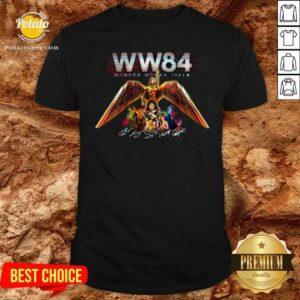 WW84 Wonder Woman 1984 Signatures Shirt - Design by Potatotees.com