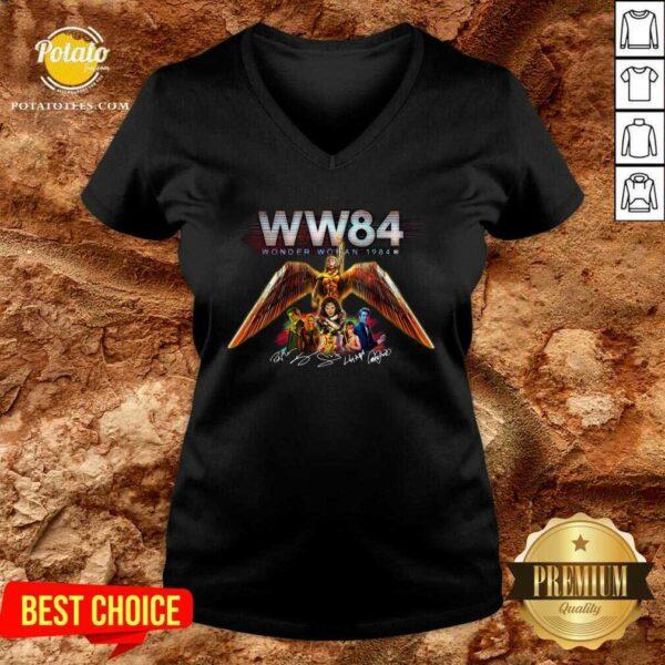 WW84 Wonder Woman 1984 Signatures V-neck - Design by Potatotees.com