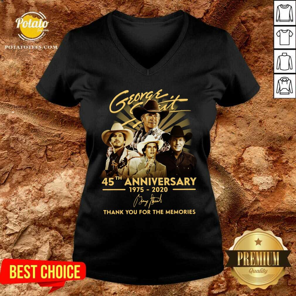 George Strait 45th Anniversary 1975 2020 Thank You For The Memories Signature V-neck - Design By Potatotees.com