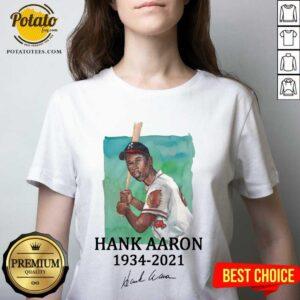 Rip Legend Hank Aaron 1934 2021 Signature V-neck