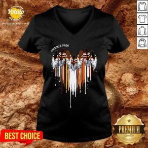 Pretty Cherokee Pride Heart V-neck